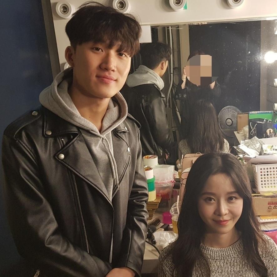 아뜰리에뷰티아카데미 종로본원 홍대 '써니텐' 메이크업 헤어 단독 협찬!