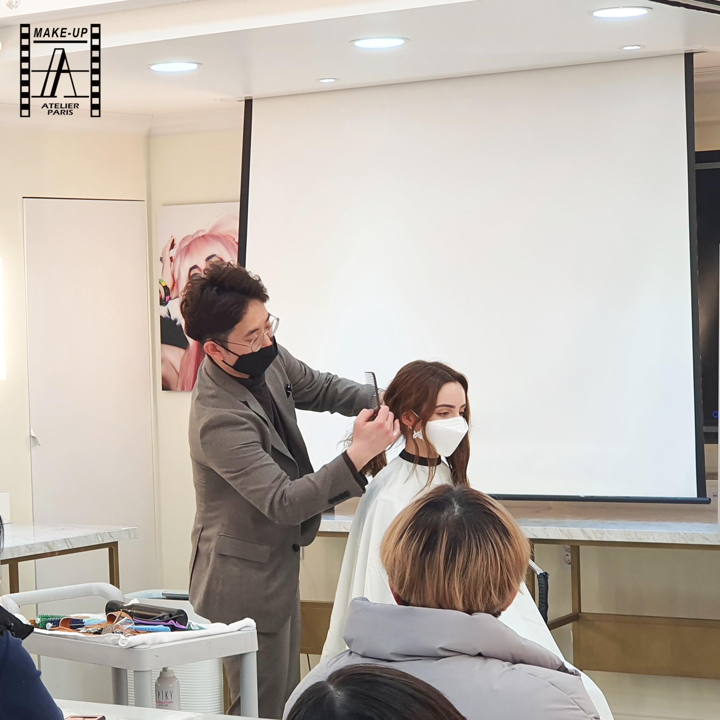 김수재 헤어디자이너의 알기쉬운 실무커트 10분 레이어트컷&스타일링